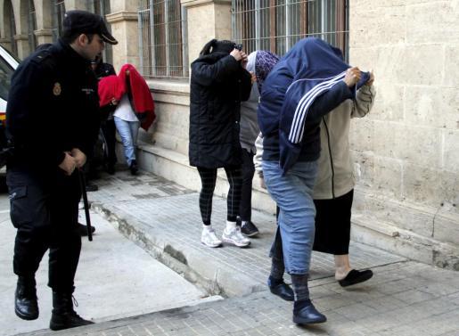 Los detenidos pasaron ayer por la tarde a disposición judicial.