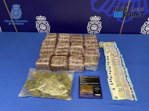 Ocho kilos de hachís incautados en una operación en Palma.