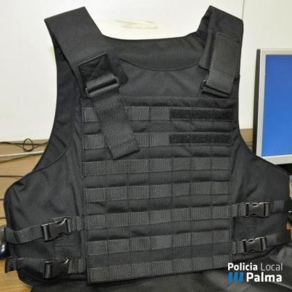 El PP de Palma ha criticado este lunes que el Ajuntament siga sin comprar los chalecos antibalas para la Policía Local.