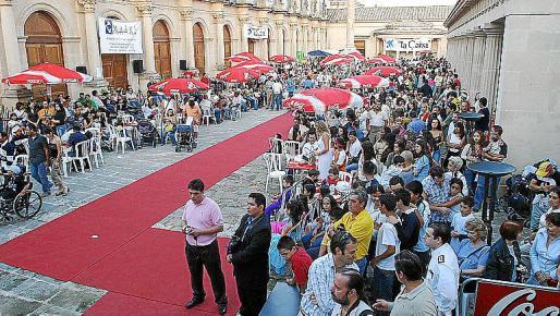 Fiesta colombiana en el Pueblo Español.