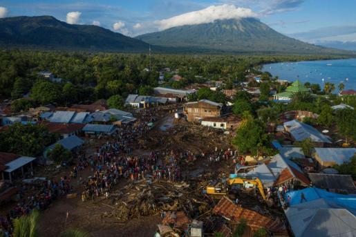 El temporal de lluvia a causa del paso del ciclón tropical Seroja azotó desde el fin de semana varias islas del archipiélago indonesio y la vecina Timor Oriental, donde se han registrado al menos 27 fallecidos.