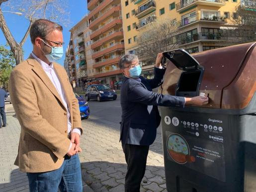 Instalación de contenedores de recogida de materia orgánica en los barrios de Palma.