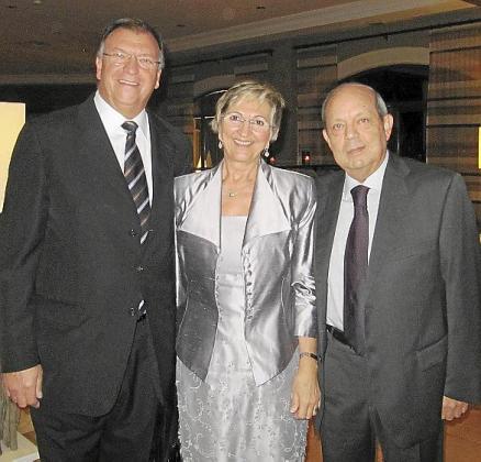 Pedro Arellana, Joana Ramis y Gabriel Abraham