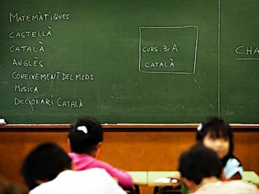 Clase de catalan en un colegio.