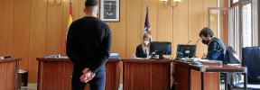 Cuatro años de cárcel a un joven por robar y agredir a un anciano en su casa de Son Sardina