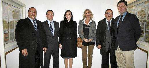 Carlos Zuzua, Joan Tortella, Rosa García, Emilia Villar, Víctor Arroyo y José Antonio García Bustos.