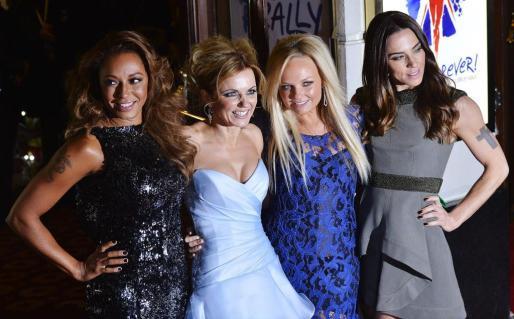 De izquierda a derecha, Melanie Brown, Geri Halliwell, Emma Bunton and Melanie Chisholm.