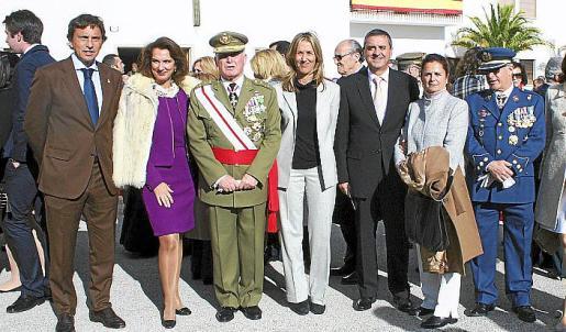 Mateo Isern, Beatriz Portillo, Adolfo Orozco, Teresa Palmer, Pere Rotger, Puri Flores y Manuel Fernández Teigell.