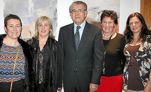 Maria Julia Bennàssar, Cati Gelabert Niell, Daniel Samaniego, Silvia Bregar y Gladys Bertone.