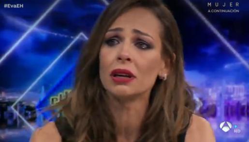 Eva González, entre lágrimas: «Necesitamos volver a creer en el amor»