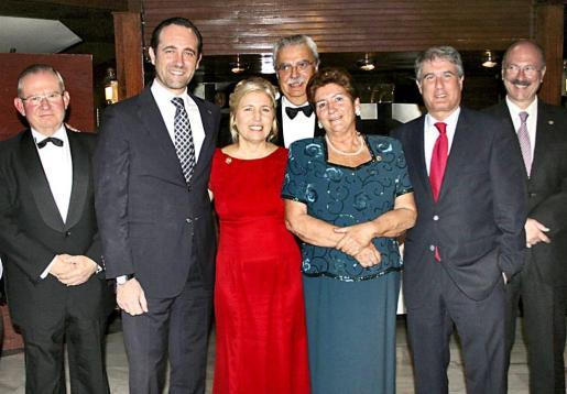 Pancho Roses, José Ramón Bauzá, Marisa Barral, Josep Ferrer, Yabo Carbó, Ian Ramis y Rafael Cortés.