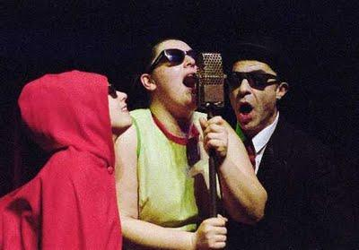' La fabulosa ciència del Dr. Grau i les Bessones Grimm', un espectáculo de teatro infantil a cargo de Iguana Teatre.