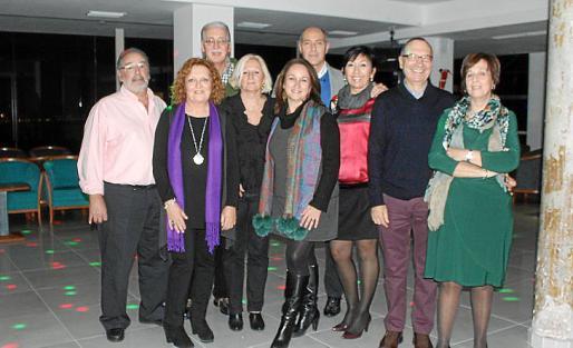 Miquel Portell, Ana Morro, Pere Comas, Carme Guerrero, Marga Alba, Simón Valls, Marga Garí, Manolo Ulloa y Neus Morey.
