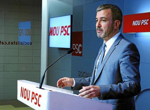 El portavoz del PSC, Jaume Collboni, anunció que su partido se replantea su abstención sistemática sobre la consulta.