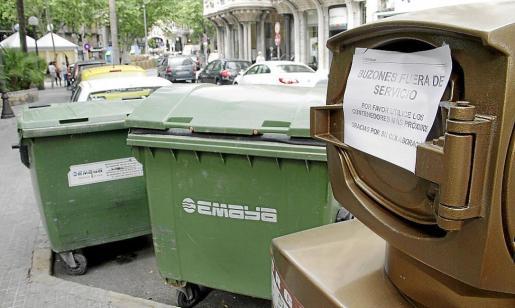 Los contenedores de la recogida neumática están fuera de servicio desde el pasado mes de mayo.