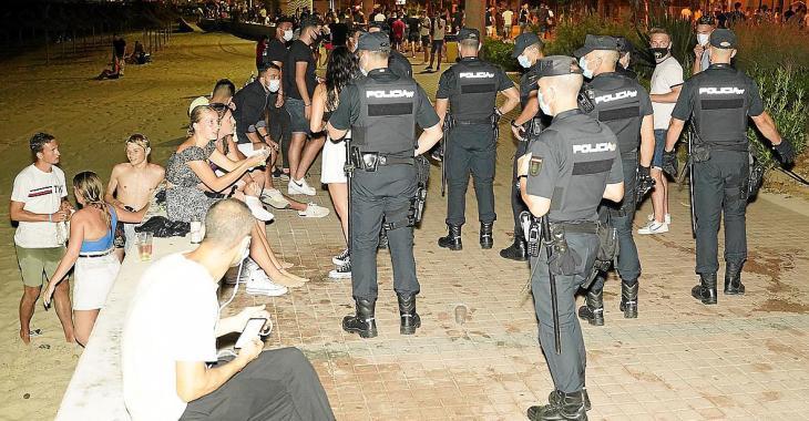 Instan a colocar cámaras y contratar guardas para combatir el incivismo en Baleares