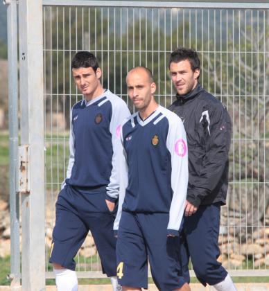 Aduriz, Borja y Víctor durante una sesión de entrenamiento en Son Bibiloni.
