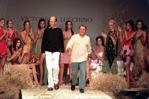 Victorio & Luccino, en un desfile celebrado en 2000.
