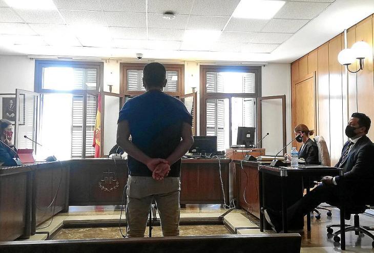Un hombre reconoce ante la juez haber abusado de su hija y su nuera en Palma