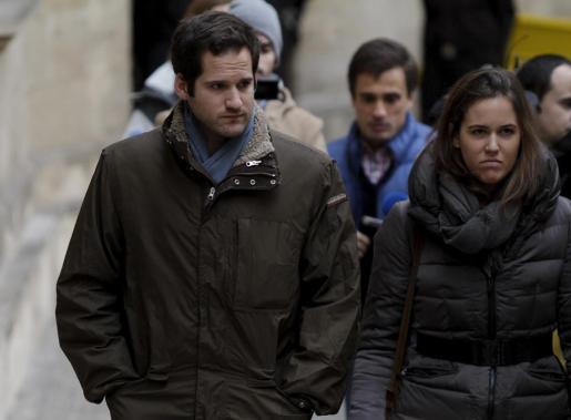 El sobrino del Duque de Palma, Jan Gui Urdangarín, a su llegada a los juzgados de Palma.