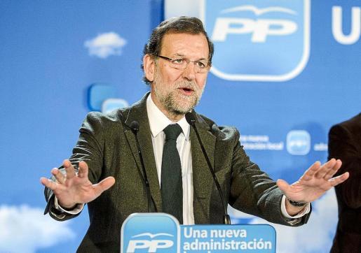 El presidente del Gobierno y del PP, durante su intervención de ayer en Almería.