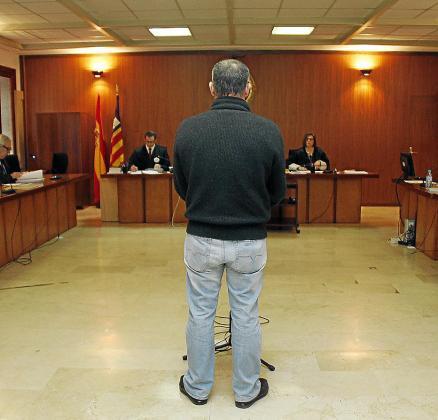 El acusado, ayer en el juicio en la Audiencia Provincial de Palma.