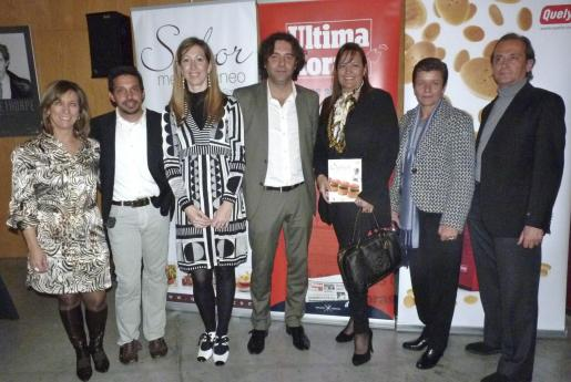 Margalida Pons, Matías Rosselló, María del Mar Olivera, Mika Ferrer, Eleonor Rosselló, Carmen Serra y Sebastià Enseñat.