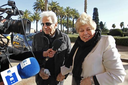 Los padres de la cantante colombiana Shakira, William Mebarak Chadid, y su madre, Nidia Ripoll Torrado.