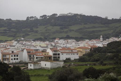 La variante de la carretera Maó-Ciutadella no ha de ser un impedimento para tomar el desvío y descubrir Ferreries.