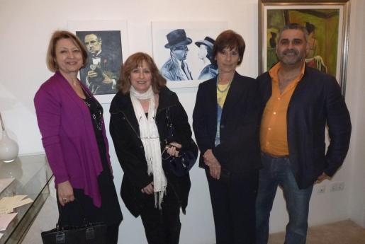 Francisca Salvá, María Blanch, Manuela Hortas y Mariano Soto.