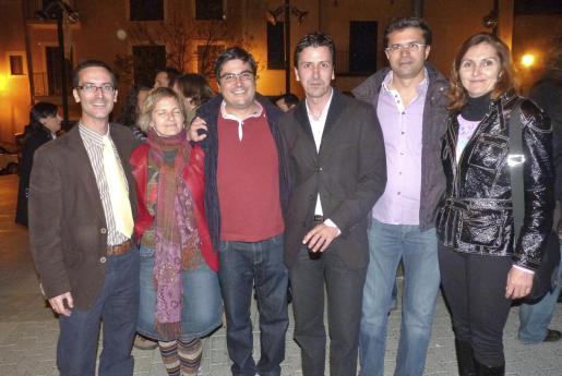 Óscar Sainz, Silvia Camps, Pau Ginart, Pedro Serrano, Pere Moll y Gemma Serrano.