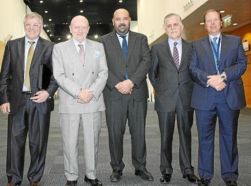 Marcial Rodríguez, el ex ministro Abel Matutes, Jaime Martínez, Felipe Navío y Ramón Estalella.