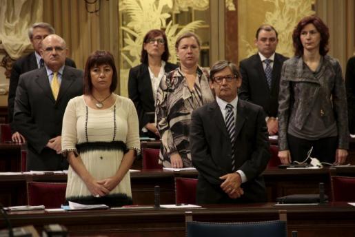 Imagen de la bancada socialista en uno de los plenos del Parlament.