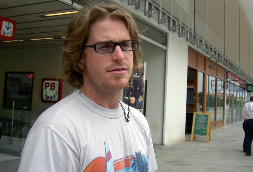 Cameron Douglas, durante una de sus visitas a la Isla.