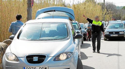 El Govern se niega a pagar las horas extra de los policías locales de Campanet.