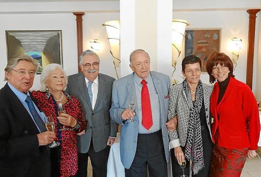 Joan Fageda, Elfi Egger, Pere A. Serra, Sepp Egger, Carmen Serra y Sylvia Windisch.