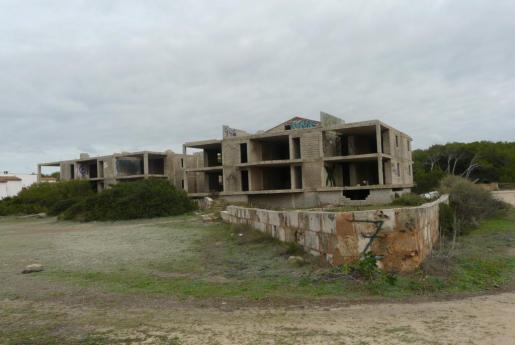 Imagen de los chalets de la urbanización de Ses Covetes.