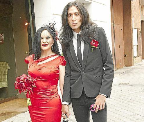 ALASKA Y MARIO VAQUERIZO SE CASAN EN MADRID