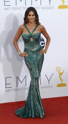 La actriz Sofía Vergara, al llegar a la ceremonia 64 de los premios Emmy en Los Ángeles.