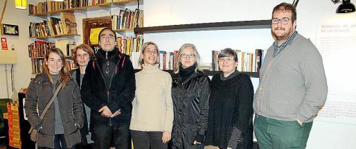 Mónica Ramírez, Maria de la Pau Ruiz, Pep Maria Alcover, Paz Alcoverro, Teresa Matas, Tina Codina y Miquel Ferrer.