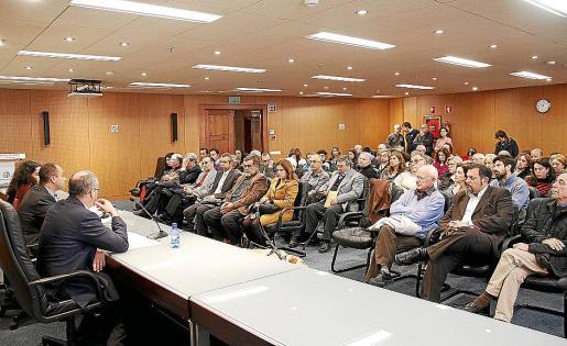Salón de plenos de la Cámara, donde Colonya presentó ayer su balance.