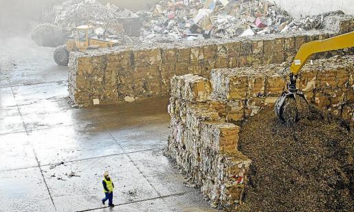 Instalaciones de la empresa Tirme en Palma, en las que se incineran los residuos sólidos urbanos.