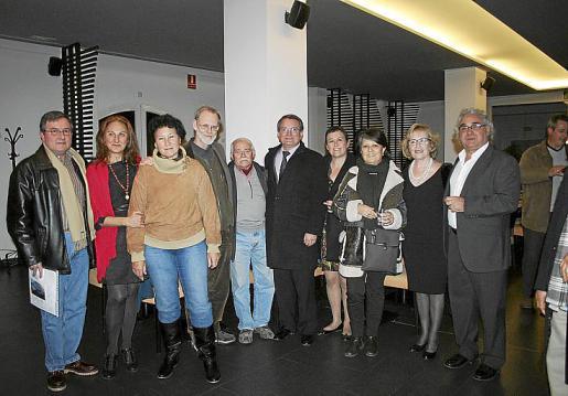 José María Marín, Marga Forteza, Silvia Bregar, Nils Burwitz, Joan Cunill, Joan Rotger, Julia Bennàssar, Paula Gutiérrez, Encarna Bernal y Antoni Marí.