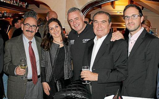 Nicolás Pomar, Margarita Bauzà, Emile Kinglefuss y Javier Pomar, padre e hijo.
