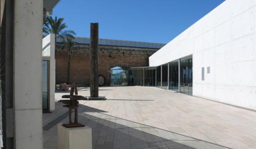Vista de la entrada al museo Es Baluard.