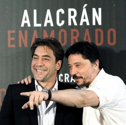 Los hermanos Javier (i) y Carlos Bardem, en una imagen de archivo.
