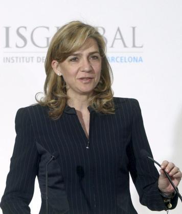 La infanta Cristina, durante su intervención hoy en la presentación en el Palau de la Generalitat.