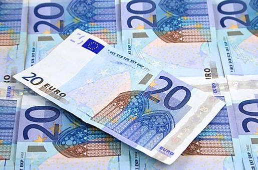 Los detenidos falsificaban billetes de 20 euros.