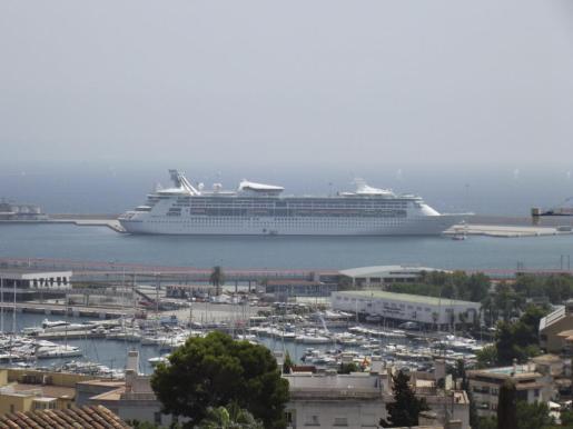 Uno de los cruceros que atracaron el pasado año en Palma.