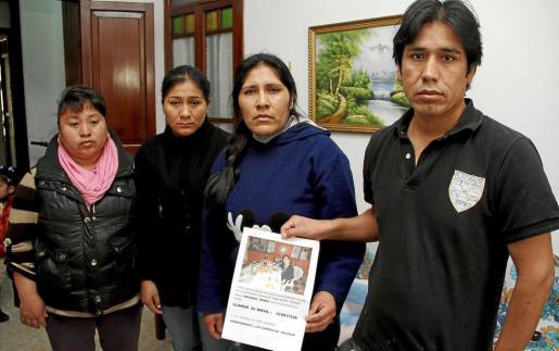 Amigos, familiares y allegados de la víctima piden ayuda al pueblo mallorquín para conseguir repatriar el cuerpo de Soledad.